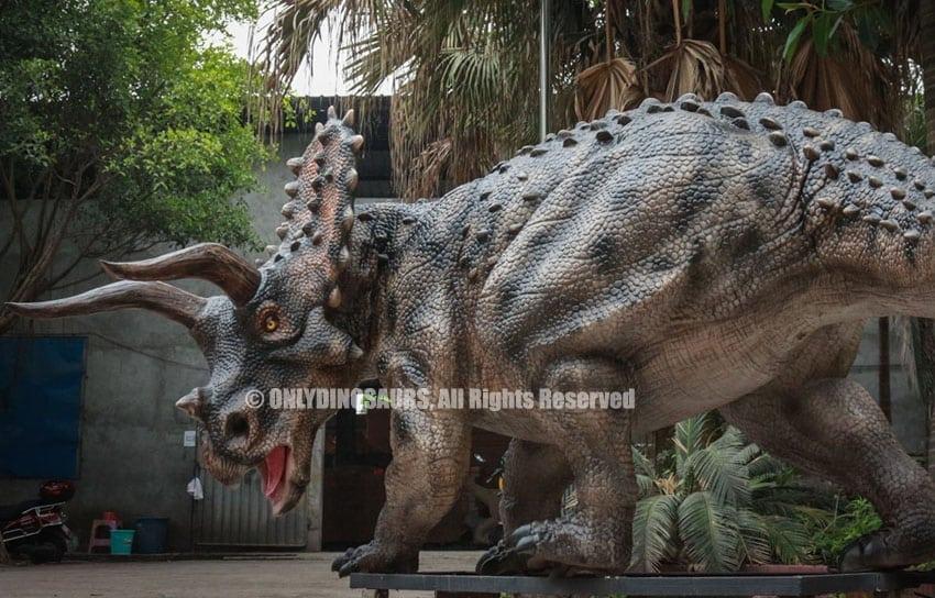 Animatronic dinosaur-Triceratops