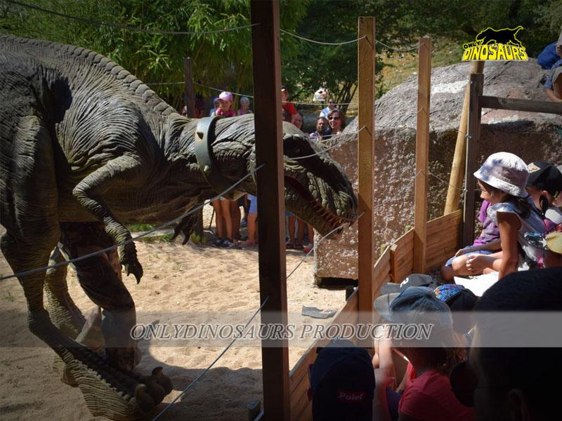 Realistic Velociraptor Costume