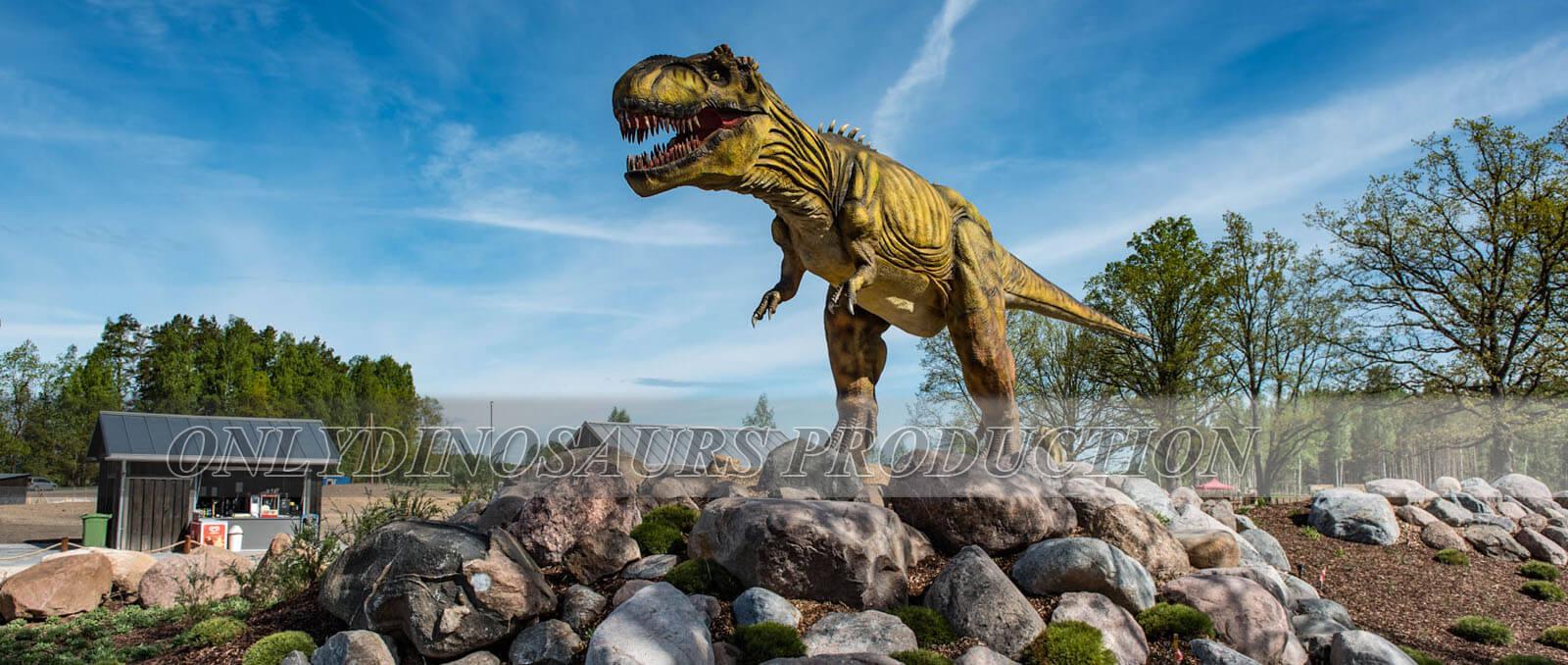 Animatronic T-Rex in Dinosaur Theme Park