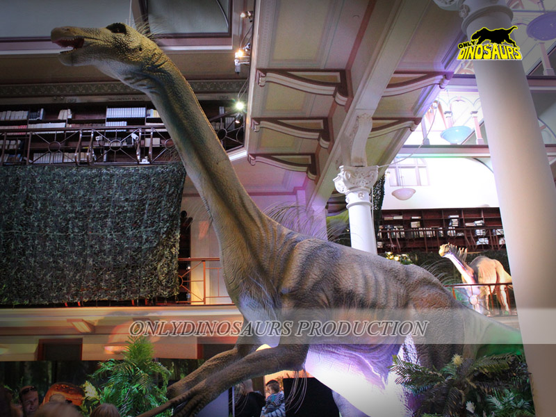 animatronic dinosaur exhibits in the shopping mall