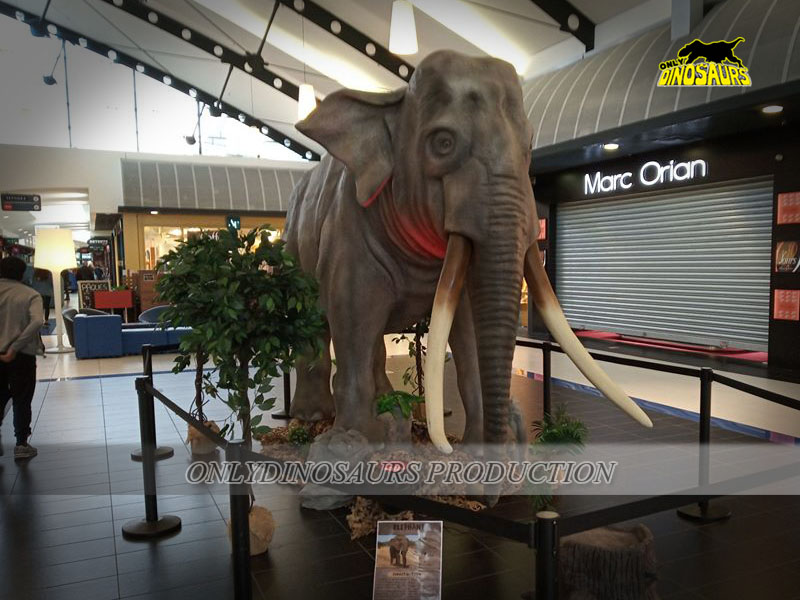 Animatronic Elephant in Shopping Mall