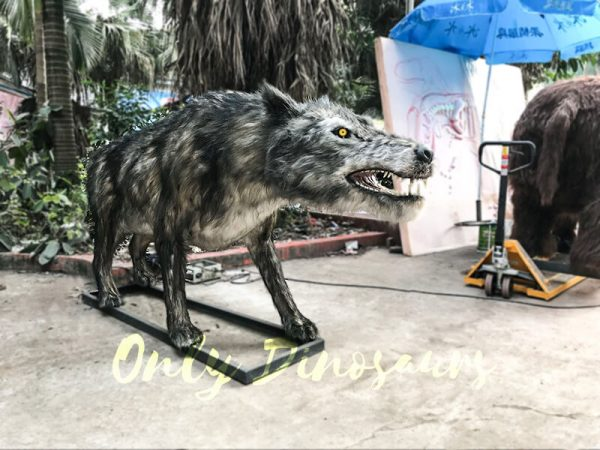 Animatronic Dire Wolf Ice Age Animals1
