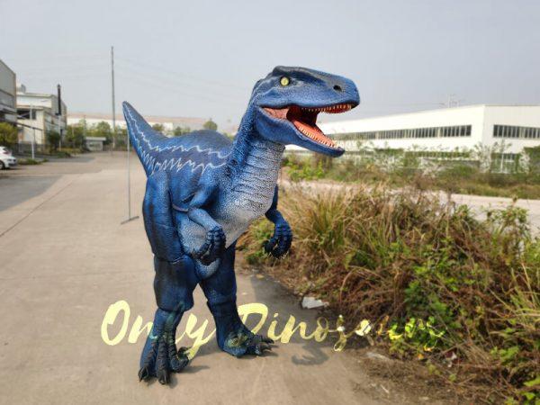 Jurassic-Park-Velociraptor-Blue-Costume-In-Reality222