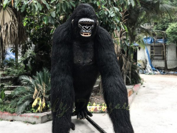 Life Size Realistic King Kong for Sale2