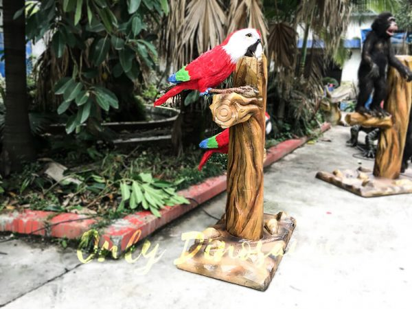 Likelike Animatronic Parrot Model Robotic Macaw for Garden5