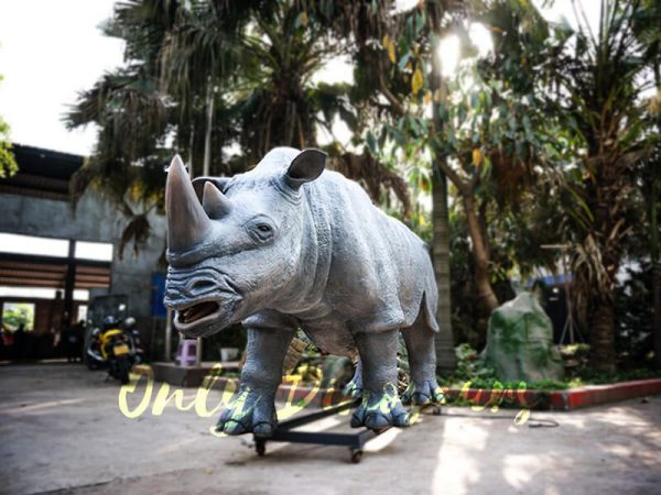Museum Quality Realistic Animal Animatronics Rhinoceros2