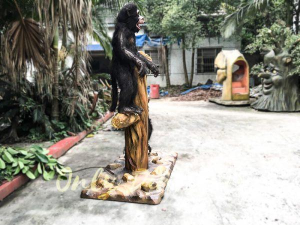 Park Attraction Black Animatronic Monkey with stump2