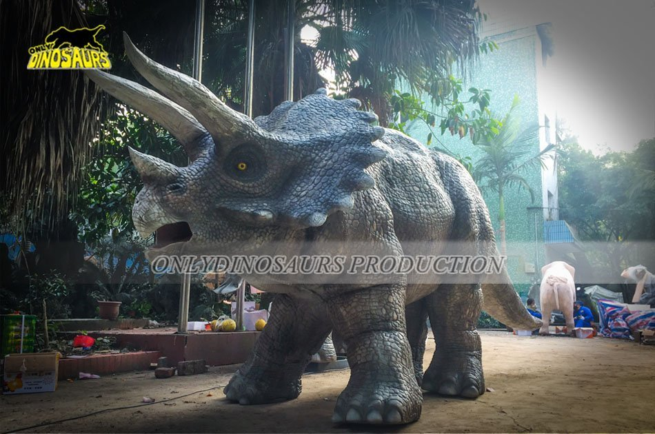 Realistic Triceratops Costume Feature