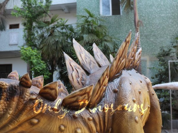 Adult-Dinosaur-Animatronic-Stegosaurus-For-Park
