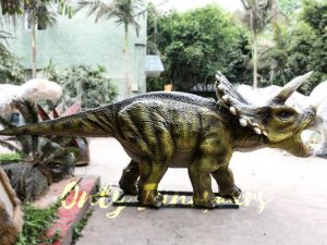 Animatronic Triceratops for Dinosaur Park