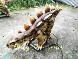 Animatronic Young Stegosaurus Props for Garden