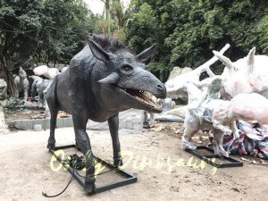 Hell Pigs Animatronic Animals for sale