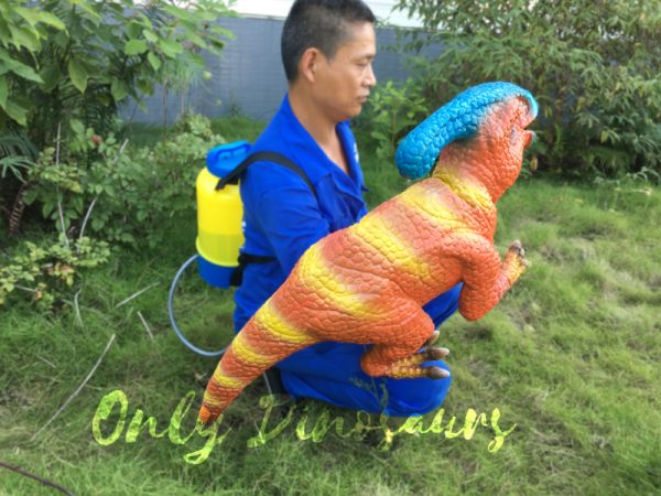 Life-Size-Parasaurolophus-Puppets-For-Baby3-1