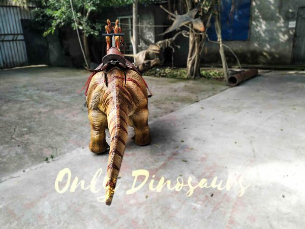 Ride an Amargasaurus Dinosaur coin operated5