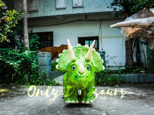 Vivid Green Triceratops Dinosaur Scooter2