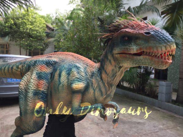 Jurassic-Park-Feathered-Velociraptor-Costume-1