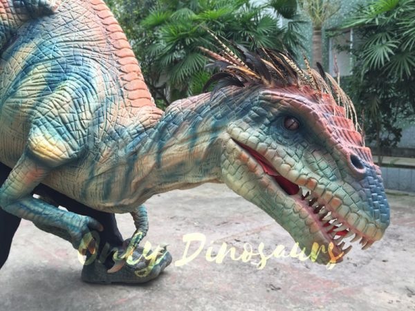 Jurassic-Park-Feathered-Velociraptor-Costume-2