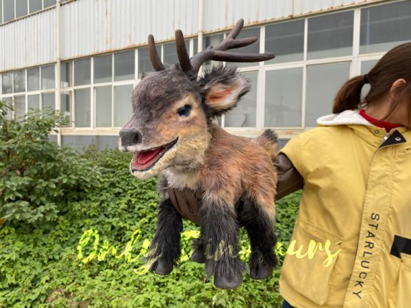 Hand-held-loveable-reindeer-puppet-for-kids-1