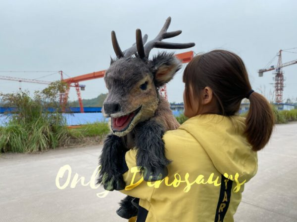 Hand-held-loveable-reindeer-puppet-for-kids-2