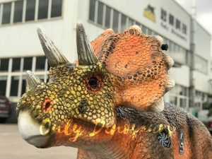 Animatronic Outdoor Triceratops Dinosaur Ride