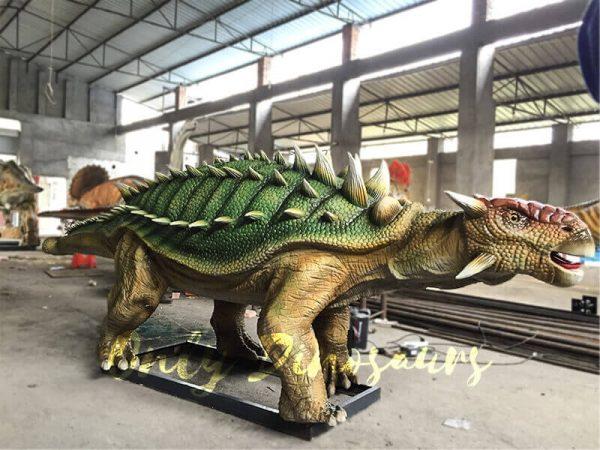 Unique-Green-Animatronic-Ankylosaur-with-Fine-Details-4