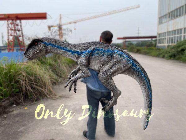 Vivid-Wearable-Hand-Control-Velociraptor-Shoulder-Puppet5-1