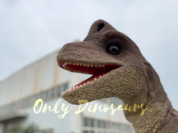 Magic-Wearable-Brachiosaurus-Shoulder-Puppet1