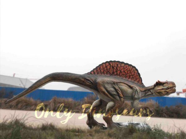 Vivid-Jurassic-Animatronic-Dino-Spinosaurus-Statue4