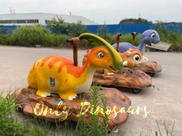 Animatronic-Dinosaur-Parasaurolophus-Ride-for-Kids6