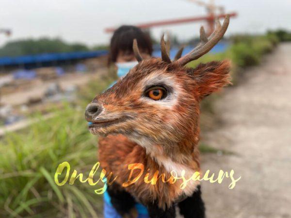 Lifelike-Reindeer-False-Arm-Animal-Puppet3