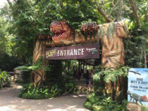 Wonderful Dinosaur Head Gate for Park